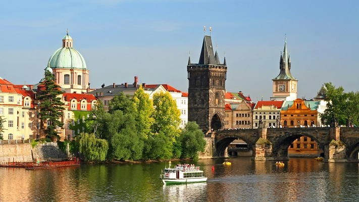 Прага в апреле фото