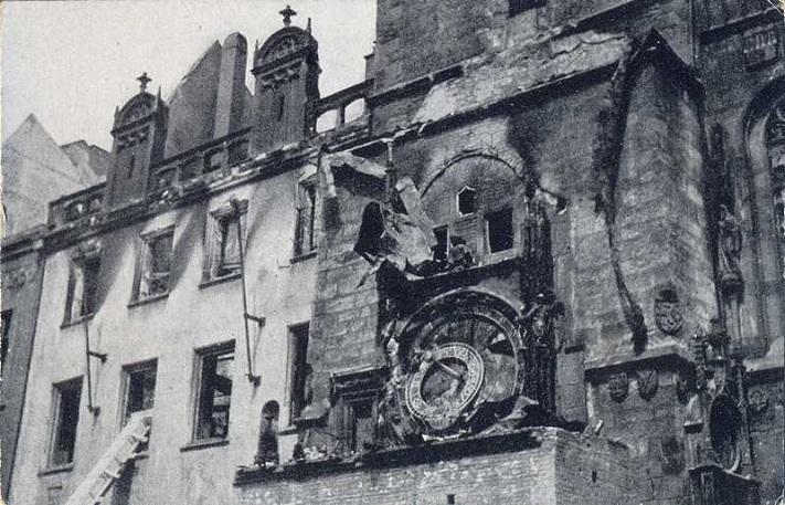 Астрономические часы Орлой после пожара