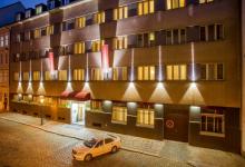 Отель Cloister Inn в Праге