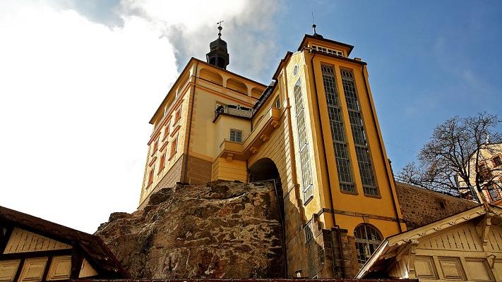 Замковая башня в Карловых Варах