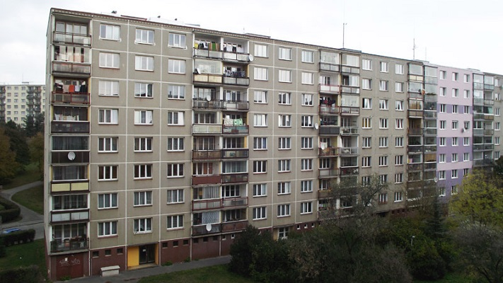Панельный дом в Праге