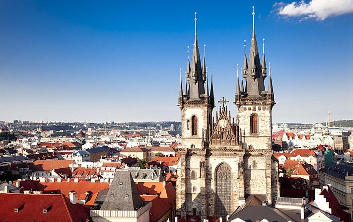 Тынский храм в Праге фото