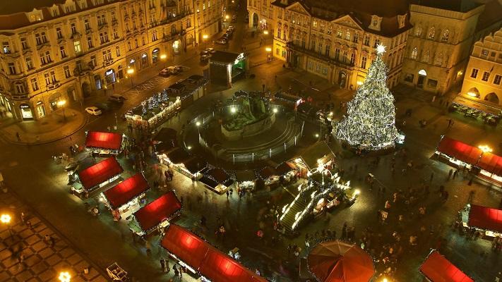 Староместская площадь в канун Рождества